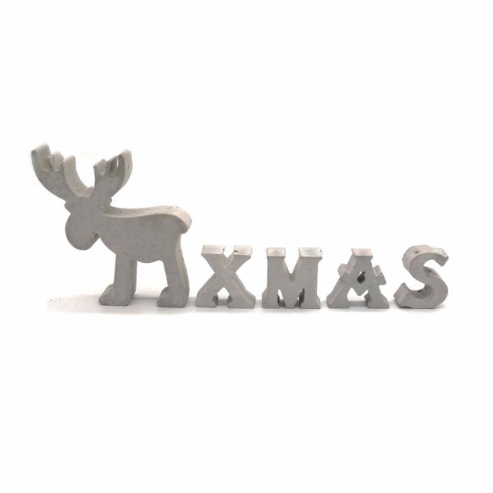 Dekorationsvorschläge für Weihnachte - Beton Elch mit Buchstaben Xmas