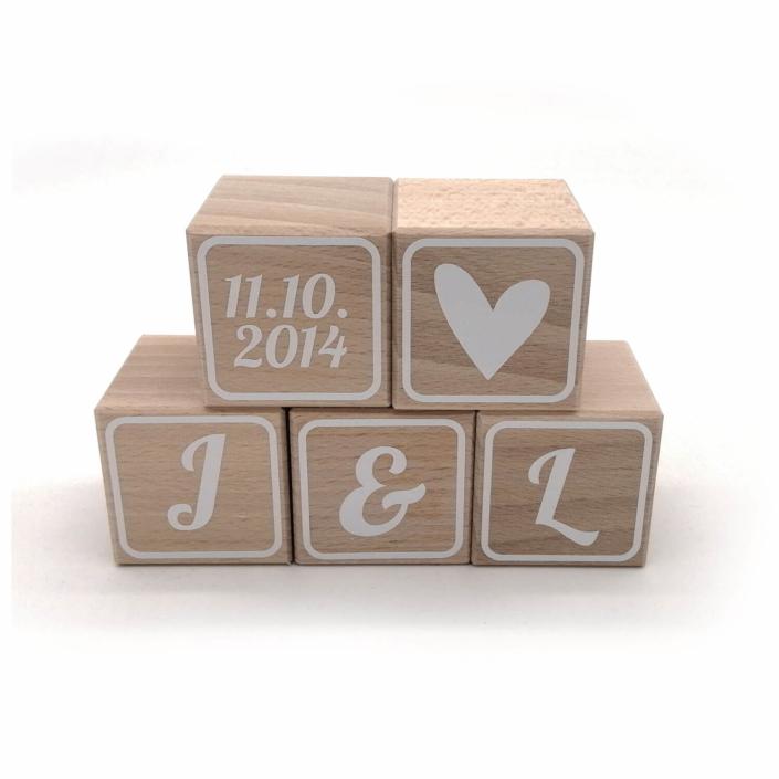 Hochzeitsgeschenk Ideen ausgefallen - Buchstabenwürfel Holz Hochzeit