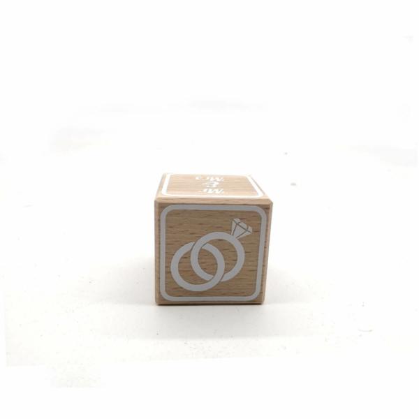 Hochzeitsgeschenk Ideen ausgefallen - Buchstabenwürfel Holz mit Hochzeitsdaten